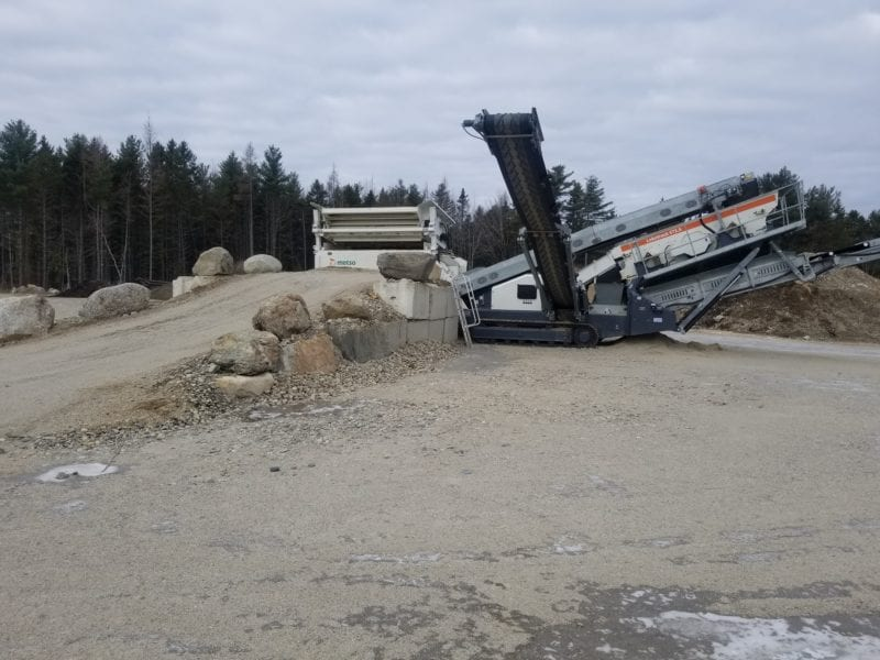 photo of a screening machine in a gravel pit